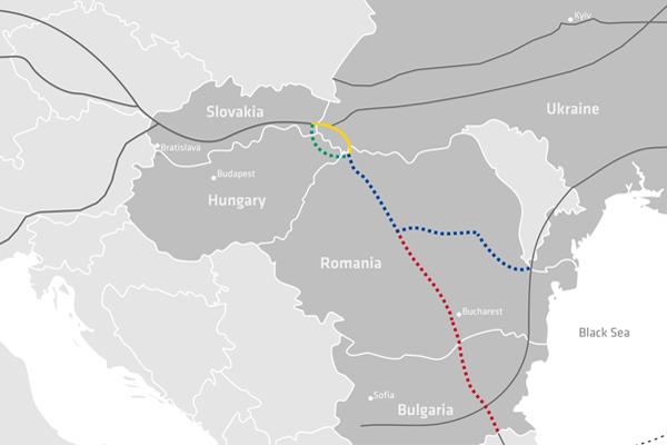 Możliwe trasy nowego gazociągu; źródło Eastring