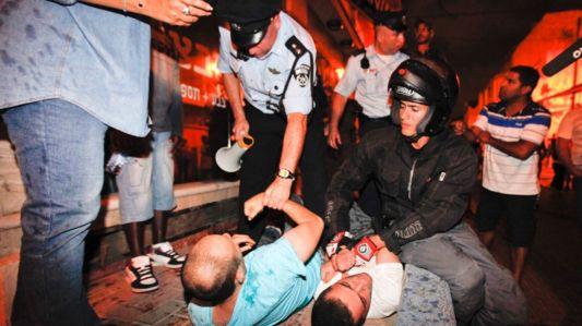 Zamieszki w dzielnicy Hatikva. Zdjęcie pochodzi z Haaretz