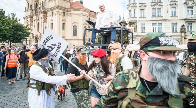 Wśród pierwszych ofiar była karykatura lewicowek aktywistki. Zdjęcie: a2larm.cz